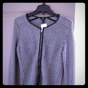 🌺H & M🌺 Tweed Blazer. Size M